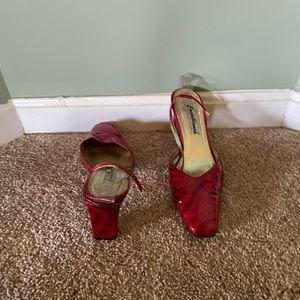 Patent red heel